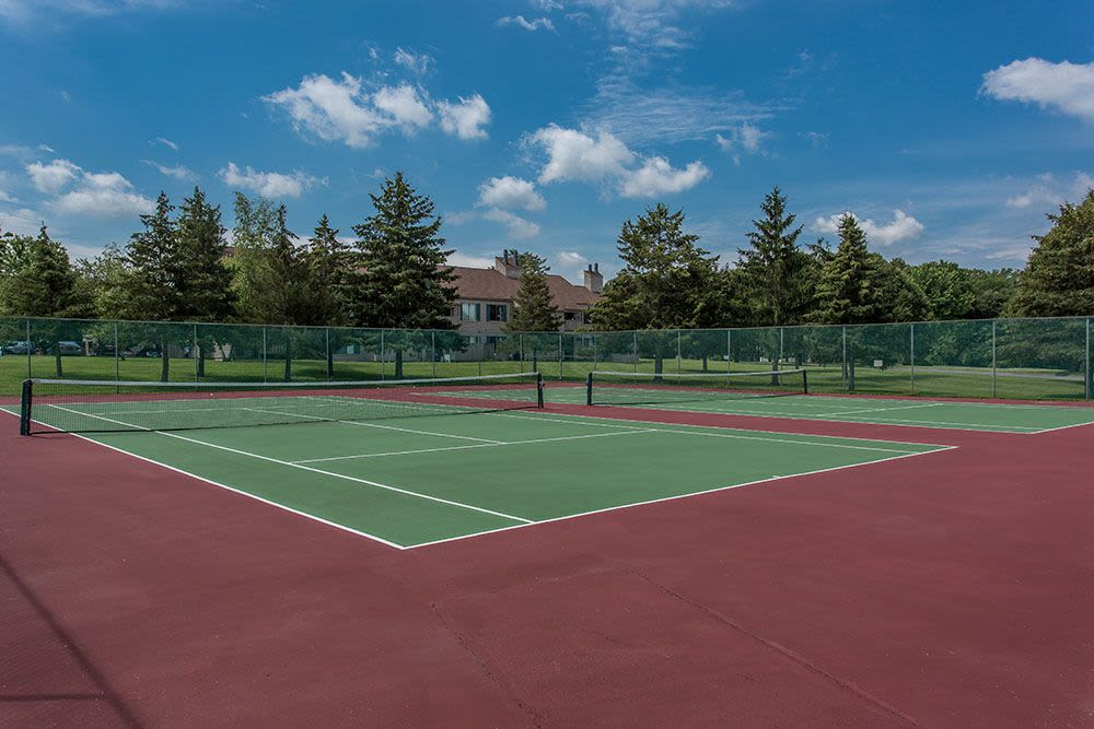 Tennis courts at Steeplechase Apartments in Camillus