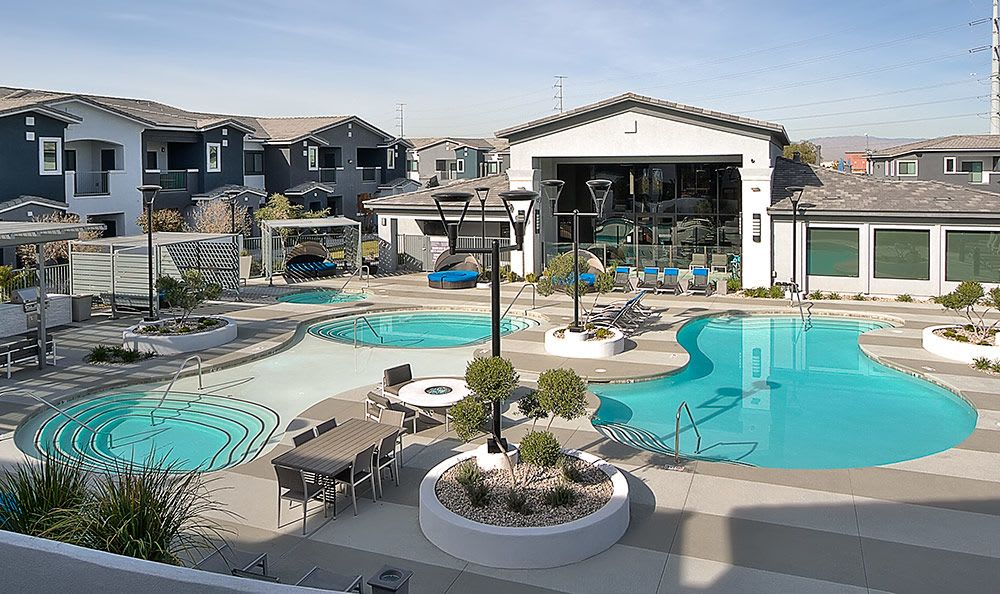 Stunning swimming pool and spa area at Dream Apartments in Henderson