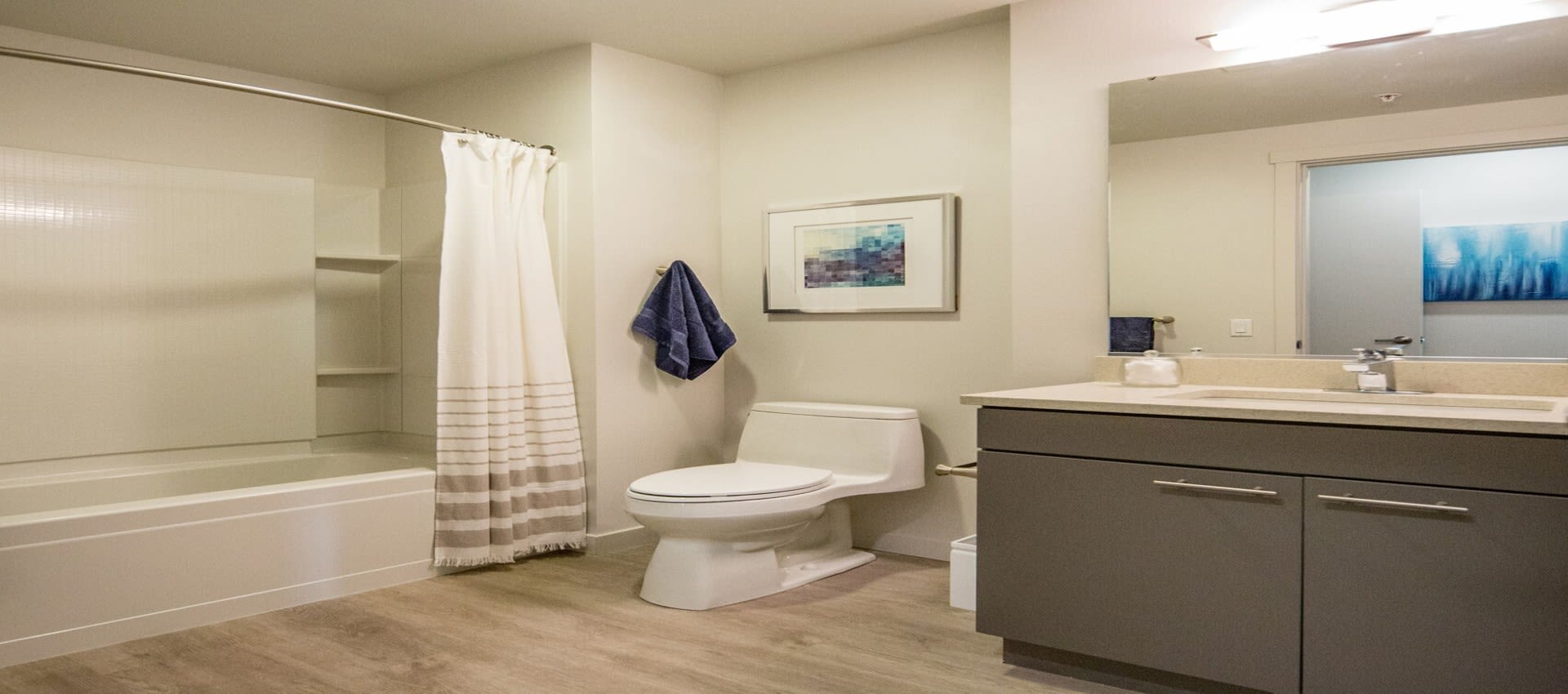 EVIVA Midtown bathroom in Sacramento, California