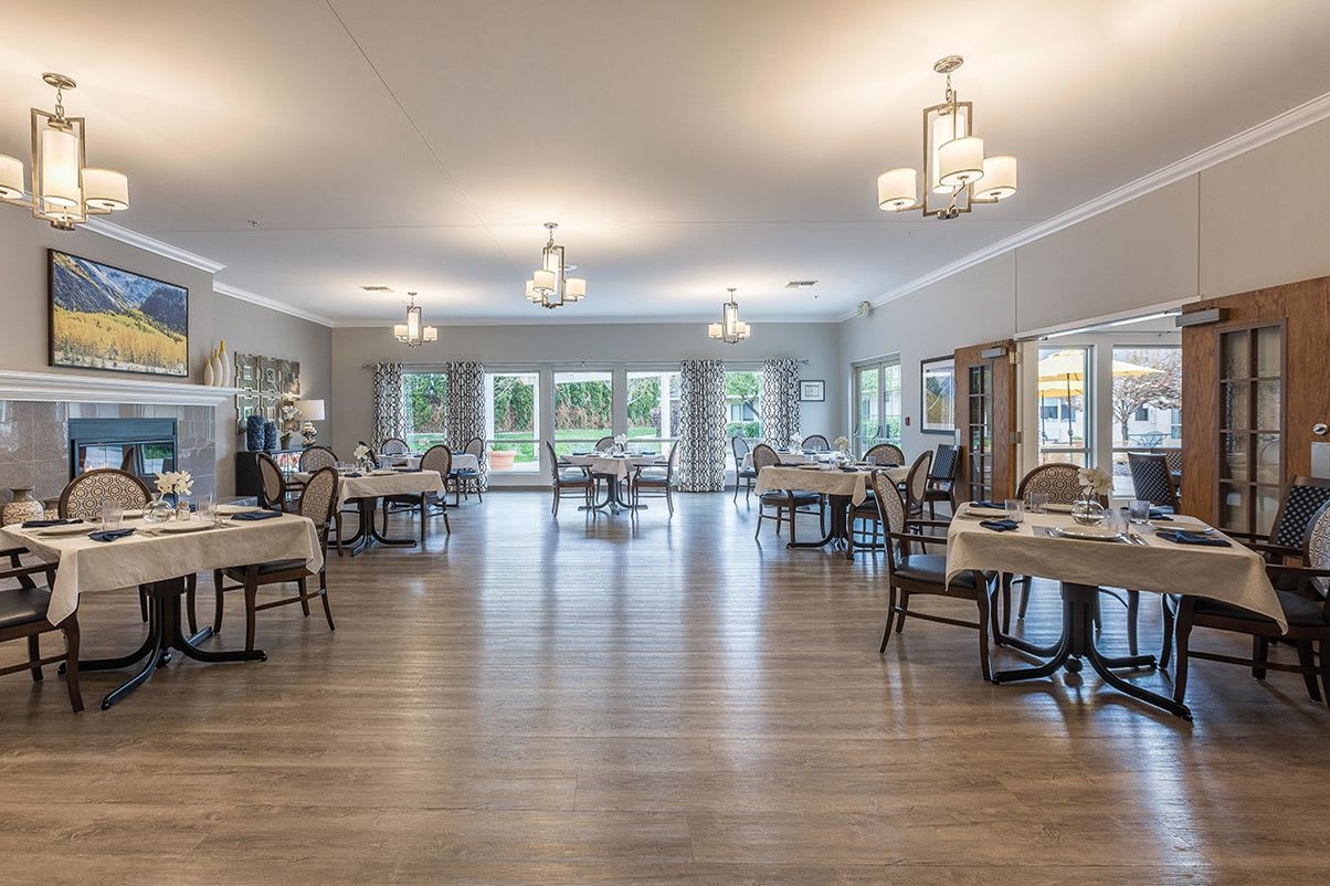 Large dinning room at Canyon Lakes