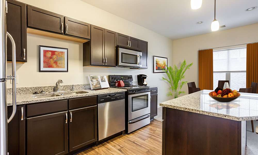 Well-equipped kitchen at Ethan Pointe Apartments in Rochester