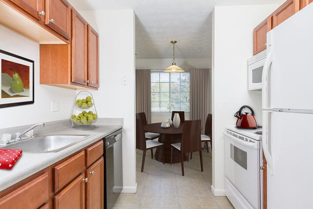 Well-equiipped kitchen at Waverlywood Apartments and Townhomes home in Webster, NY