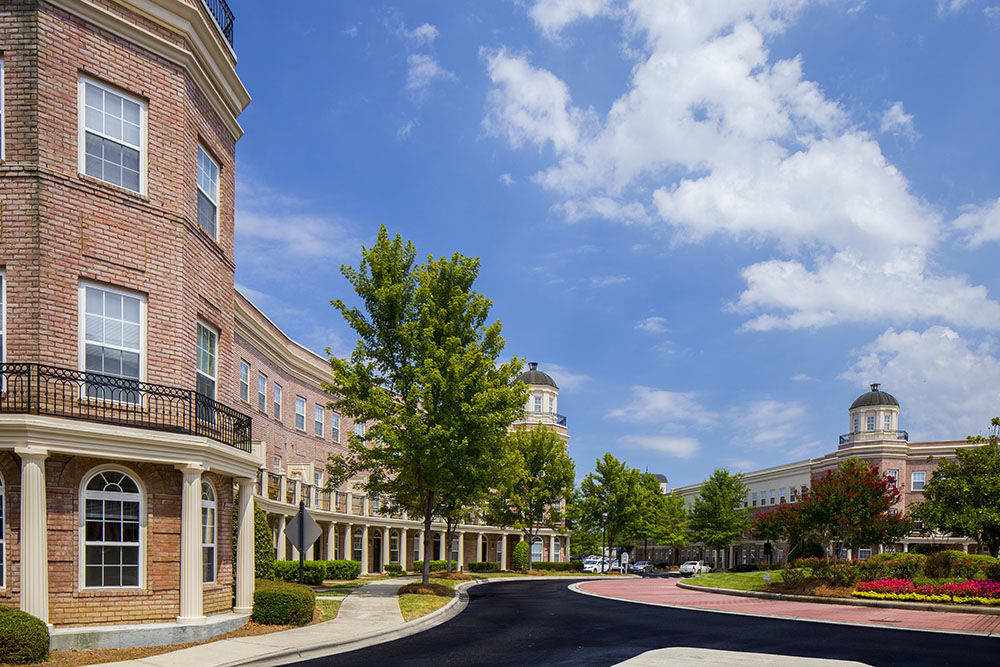Round-about runs through our Ballantyne neighborhood apartments in Charlotte, NC