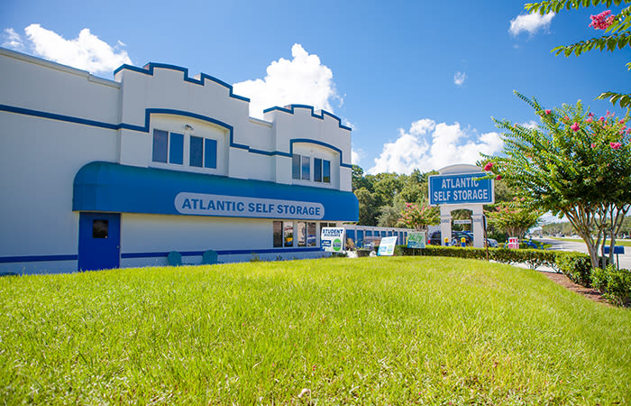 Learn more about our Atlantic Self Storage location at 9330 Philips Hwy in Jacksonville, FL
