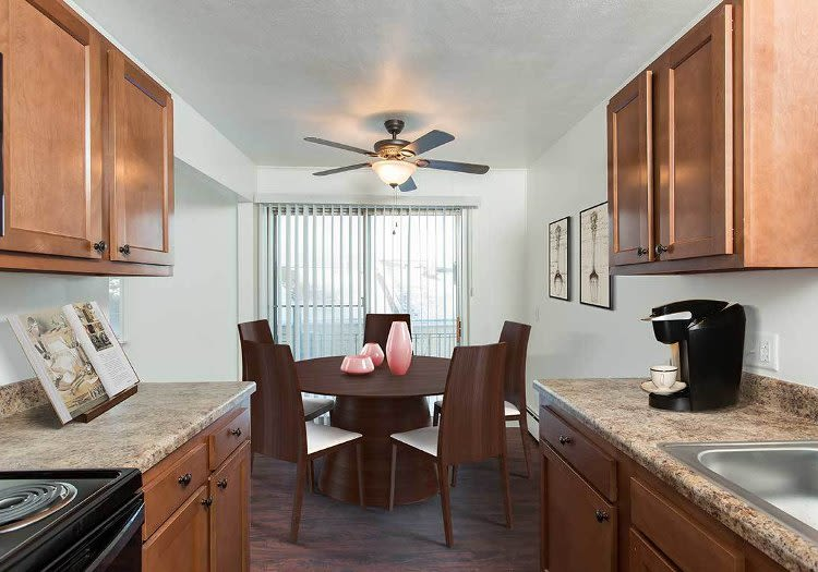 Well-equipped kitchen and dining area at Wedgewood West