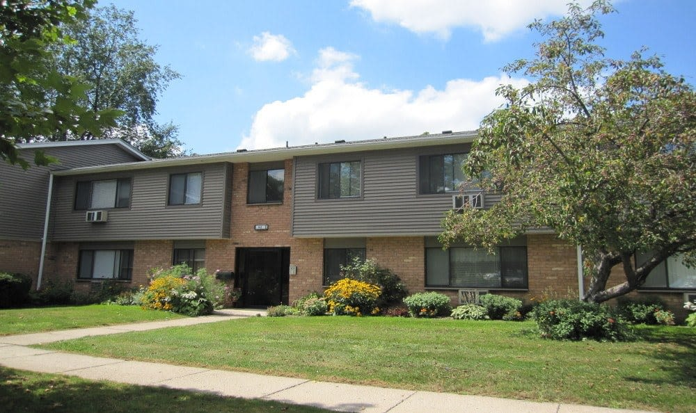 Welcome to your Lake Vista Apartments home in Rochester, NY