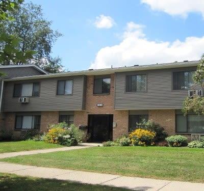 Exterior view of the apartments at Lake Vista Apartments