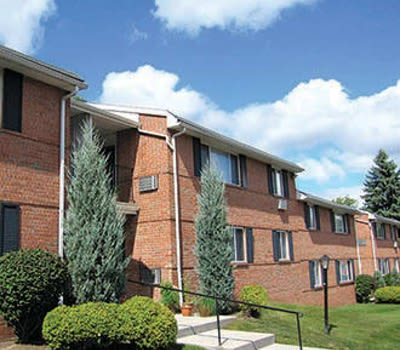 Gorgeous apartments at Perinton Manor Apartments in Fairport
