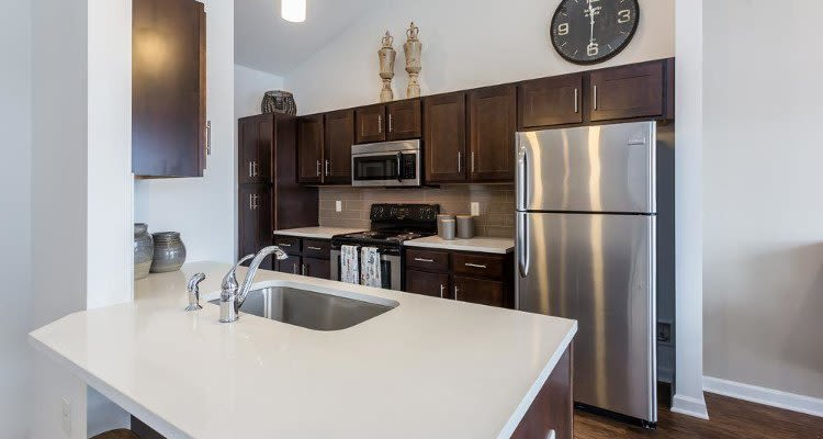 Modern kitchen at Union Square Apartments