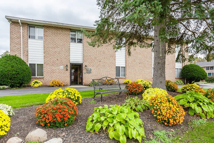 Front of apartment at Glenbrook Manor in Rochester, New York