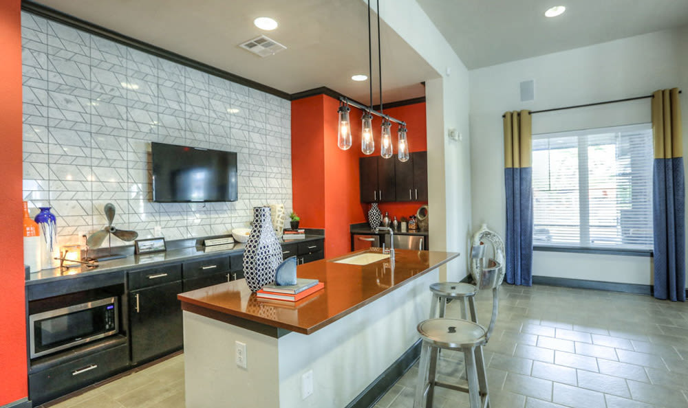 Amenities Lounge at Victory North Apartments