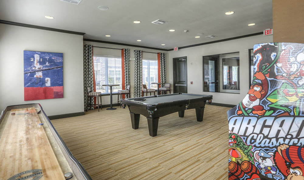 Game Room at Victory North Apartments