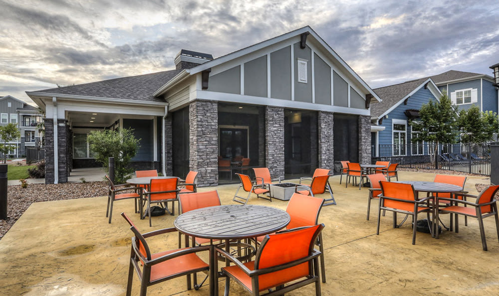 Outdoor Seating at Victory North Apartments
