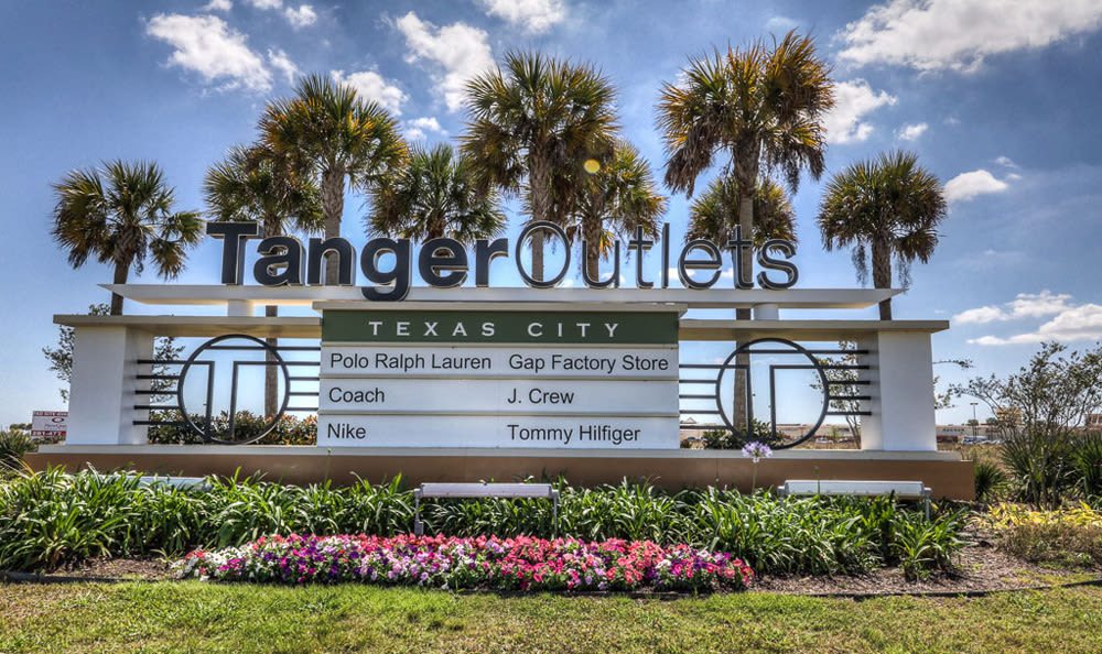 Tanger Outlets in League City, Texas