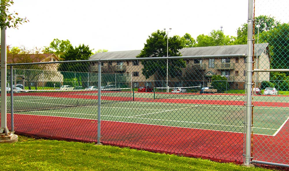 Closer view of tennis court at Cedarwood Village Apartments in Akron