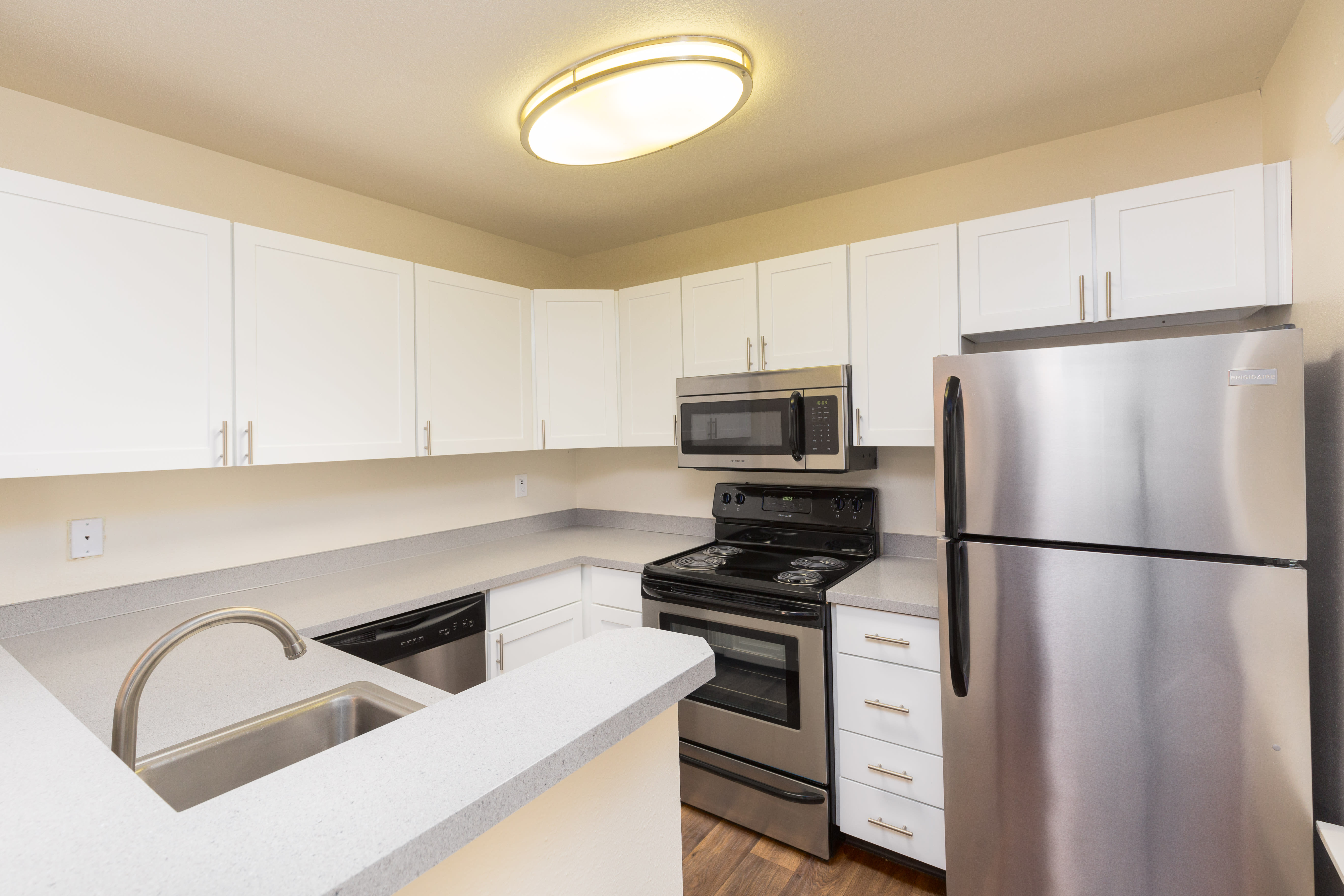 Upgraded Studio 1 2 3 Bedroom Apartments In Vancouver Wa