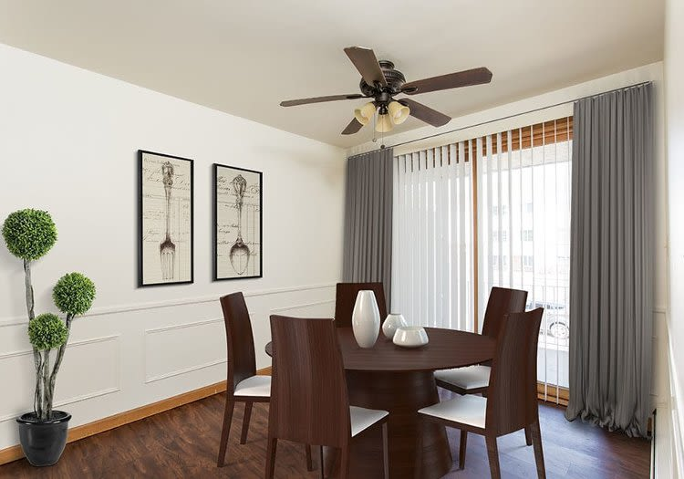 Dining room at Green Lake Apartments home in Orchard Park