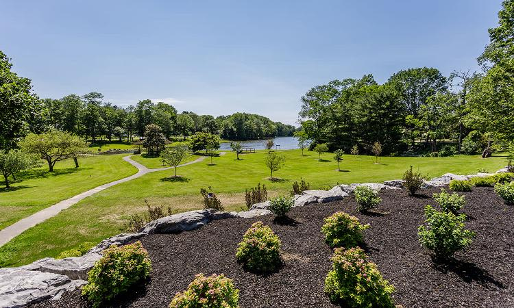 Beautiful landscaping at Green Lake Apartments in Orchard Park, NY
