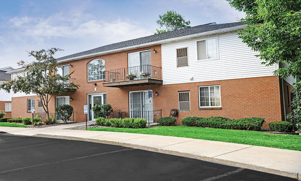 Welcome to Maplewood Estates Apartments in Hamburg, New York