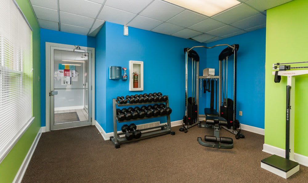 Fitness center at Maplewood Estates Apartments in Hamburg, NY