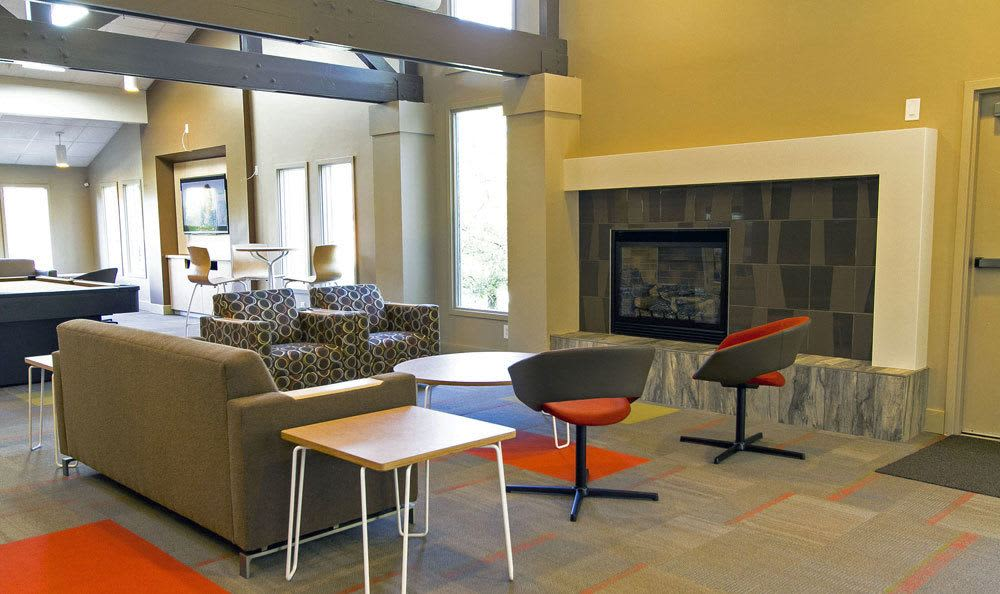 Clubhouse seating at Paradise Lane Apartments in Tonawanda