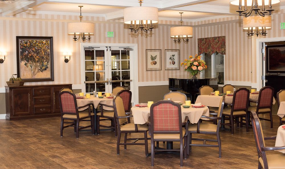 Beautiful dining room at Cardinal Court Alzheimer's Special Care Center in Strongsville, OH