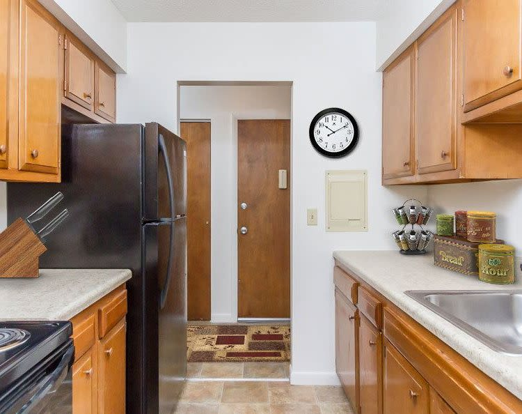 Well-equipped kitchen at Creek Hill Apartments & White Oak Apartments in Webster, New York