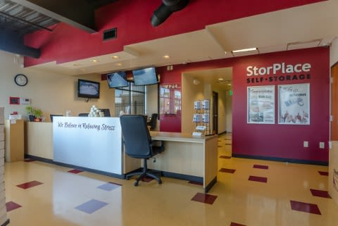 Lobby reception At StorPlace of Barfield In Murfreesboro TN
