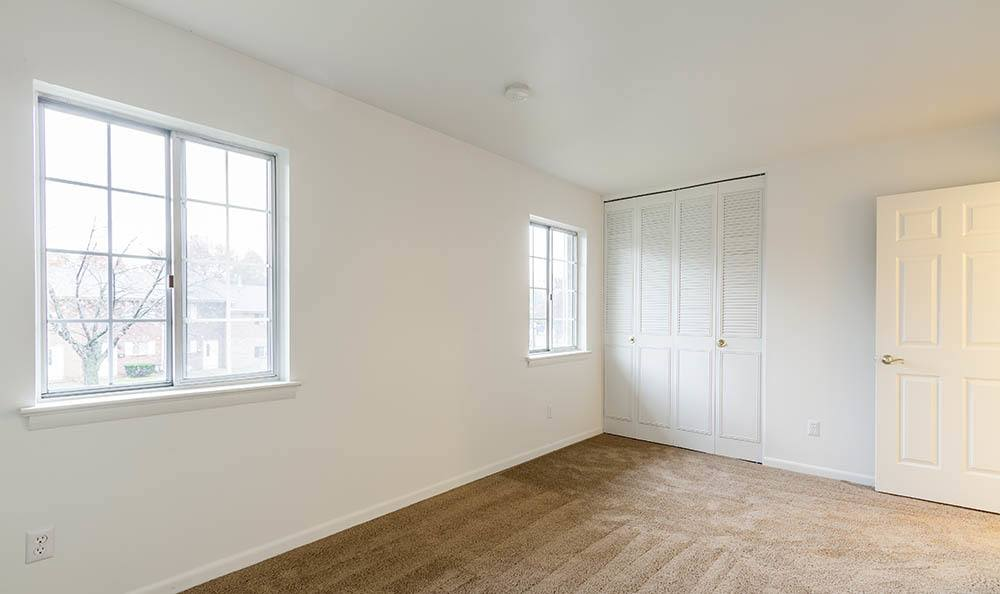 Open floor plan space at Elmwood Terrace Apartments and Townhomes in Rochester, NY