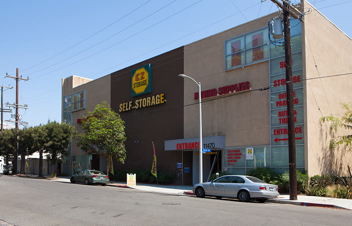 Visit our EZ Storage - West Los Angeles location