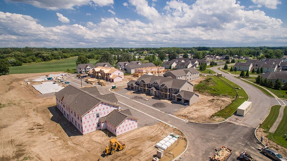 New apartments and townhomes at Avon Commons