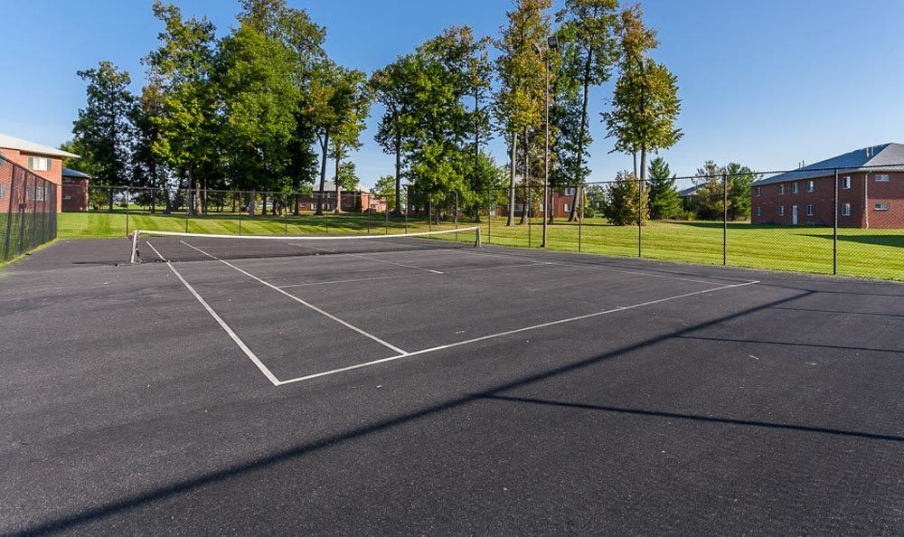 Tennis court at CenterPointe Apartments and Townhomes in Canandaigua, NY