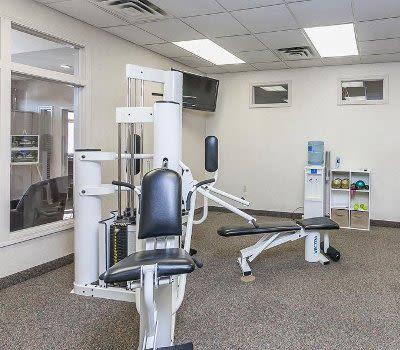 CenterPointe Apartments and Townhomes fitness center in Canandaigua, New York