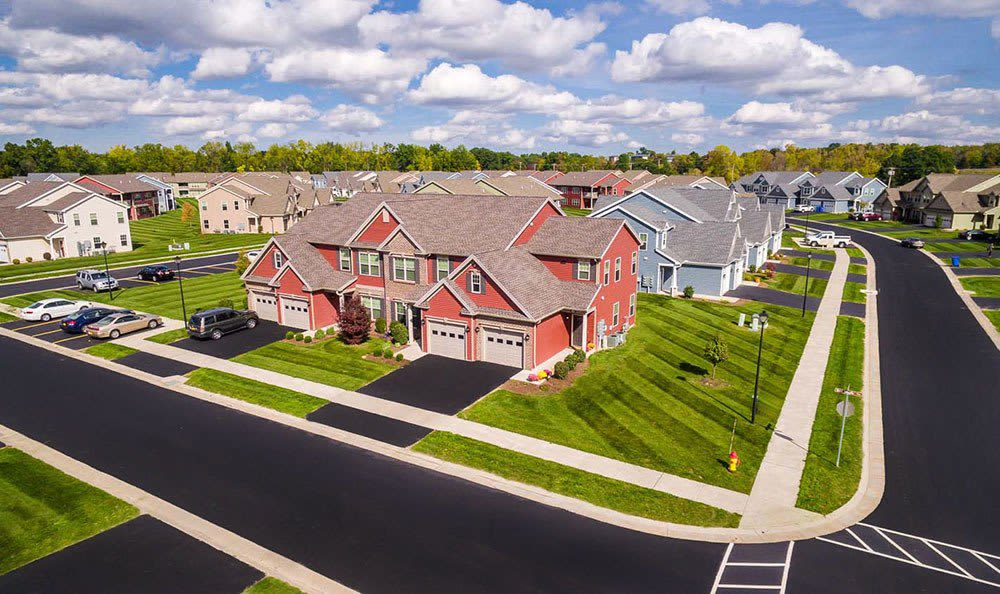 Modern apartments for rent at Saratoga Crossing in Farmington, NY