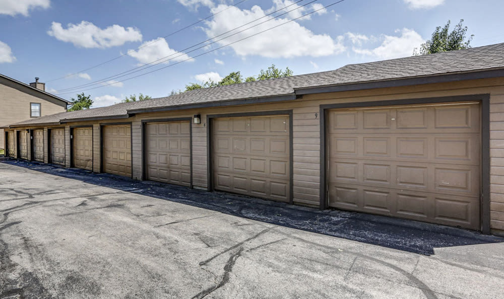 Garages at Springhill Apartments