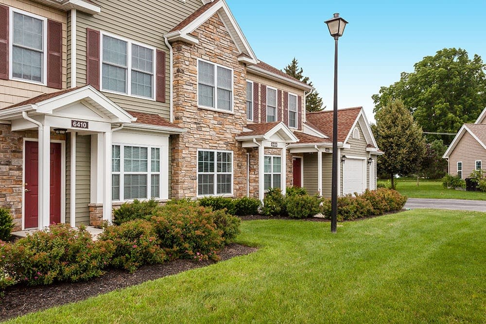 Welcome to Villas of Victor and Regency Townhomes in Victor, NY