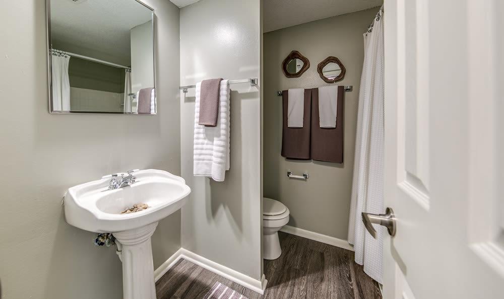 Bathroom at London House Apartments