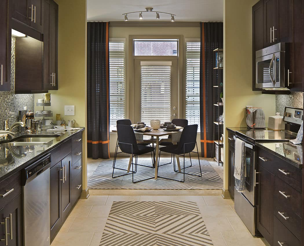 Fully equipped and modern kitchen at Emory Point