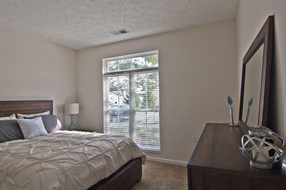 Cozy bedroom at Preston Gardens in Perrysburg