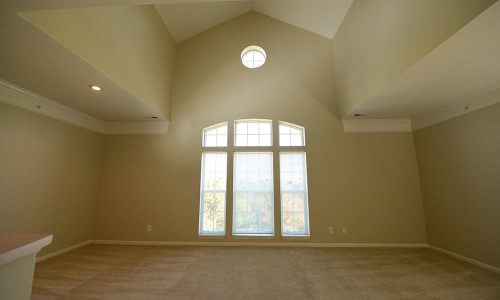 Large spacious living room in Wexford, PA
