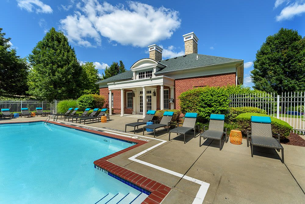 Beautiful swimming pool at Christopher Wren Apartments in Wexford, PA
