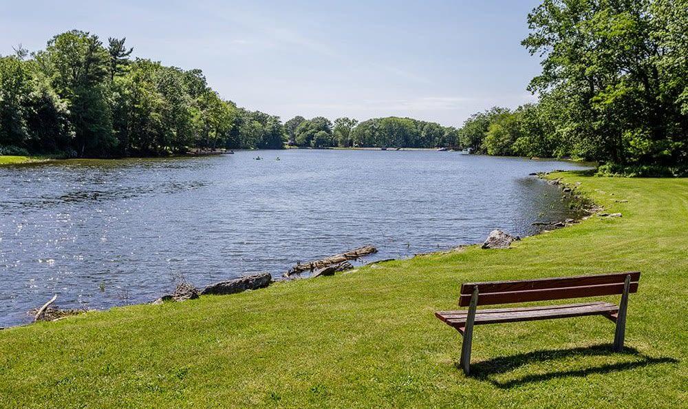 Lake at Green Lake Apartments & Townhomes in Orchard Park