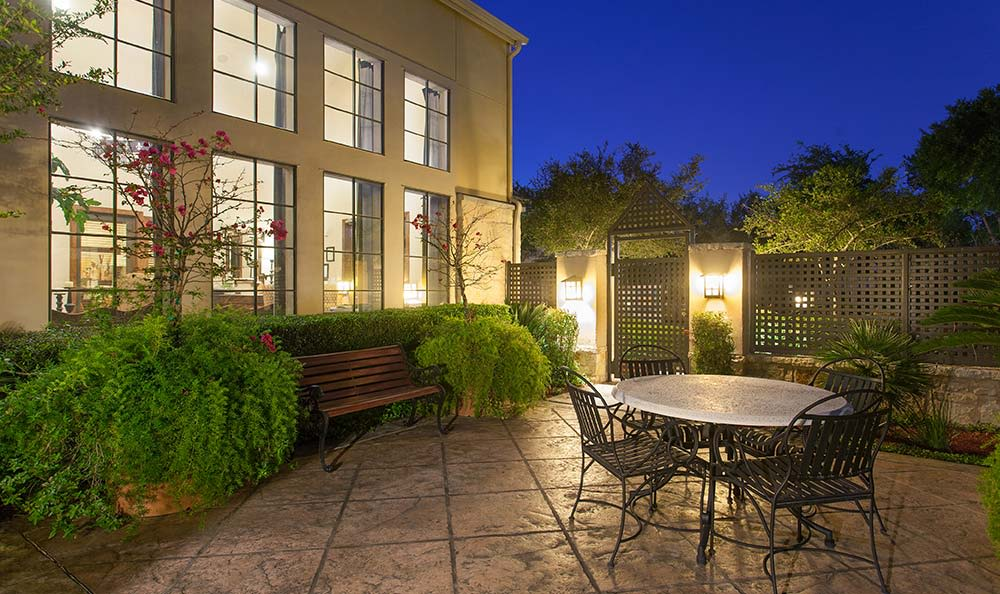 The Quarry Townhomes community patio