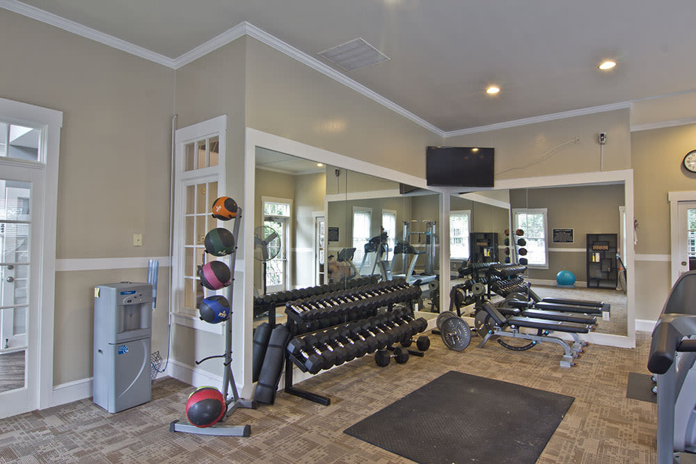 Fitness center at The Woods at Polaris Parkway