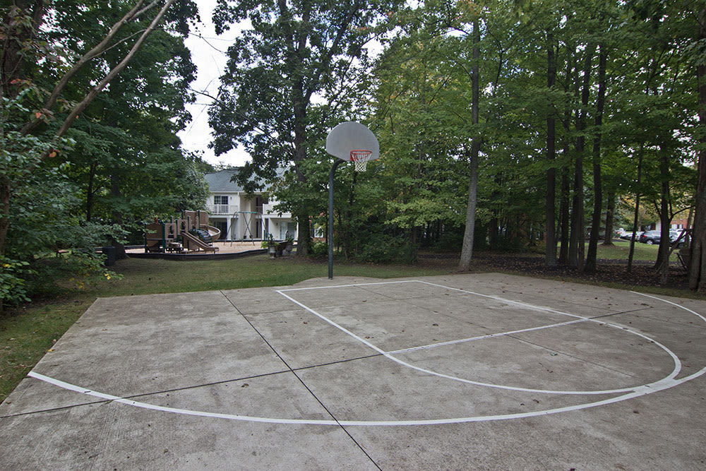 A basketball court is onsite for your enjoyment at The Woods at Polaris Parkway
