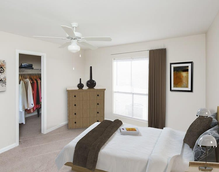 Well decorated bedroom at Morgan Bay in Houston, TX