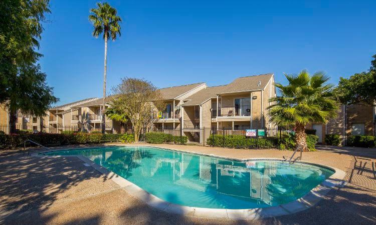 Morgan Bay swimming pool in Houston, TX
