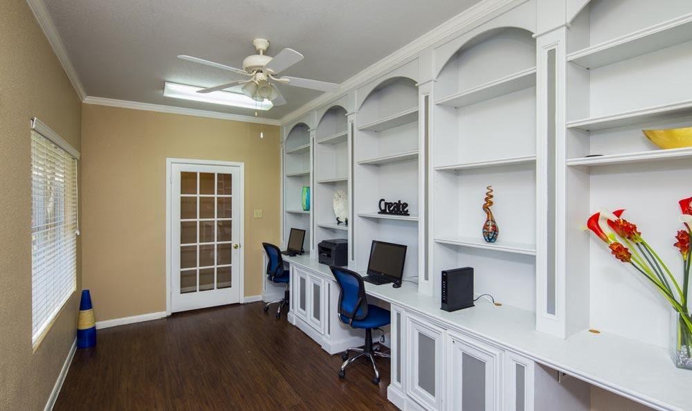 Media center at Stone Ridge Apartments in Texas City, TX