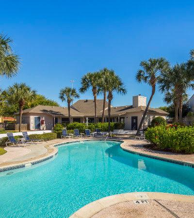 Stone Ridge Apartments swimming pool in Texas City, TX