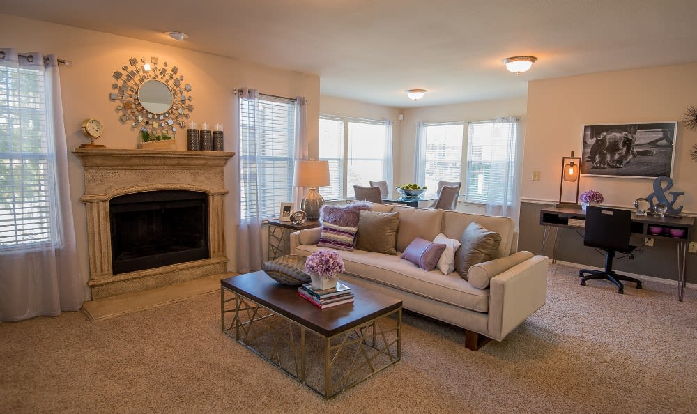 Living Room at apartments Villas at Aspen Park in Broken Arrow, OK